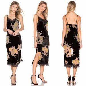 Band of Gypsies Velvet Floral Midi Lace Dress Slit